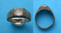 Ring, Unisex, Roman - early Byzantine, Gem intact